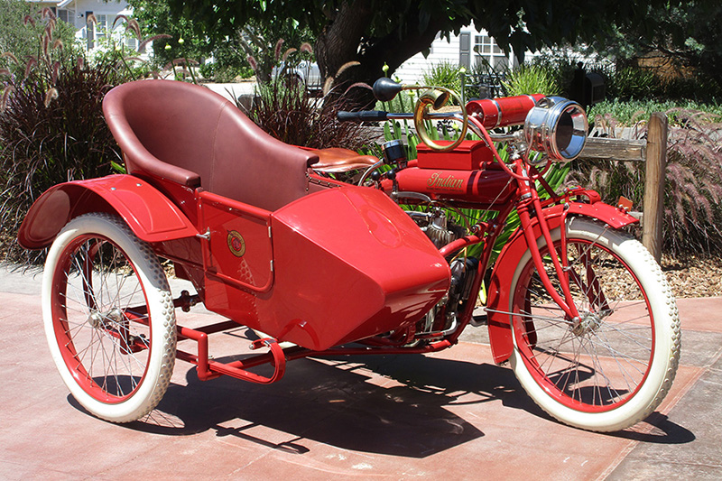 1915 Indian V-Twin and Sidecar
